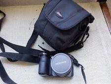 Fujifilm FinePix S2980 14Mp  18x Zoom -HD Movie -Digital Bridge Camera  -  Black