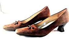 Womens brown suede pumps with kitten heel and leather sole size 8 Sakes 5 Avenue