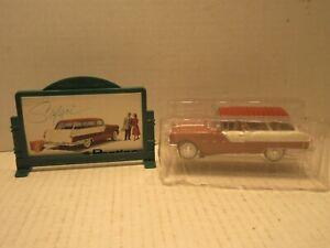 Road Champ 1955 Pontiac Safari Station Wagon with Billboard Diecast Car