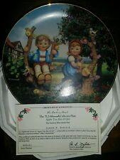 "M.J. Hummel ""Apple Tree Boy & Girl"" Little Comp. Collector's Plate Coa. (9)(3B)"