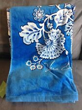 VERA BRADLEY BEACH TOWEL BLUE LAGOON - LIMITED EDITION - NEW WITH TAGS