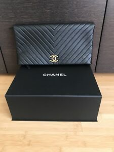100% Authentic Chanel Clutch