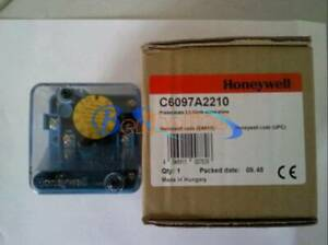 1PCS New Honeywell Pressure switch C6097A2210