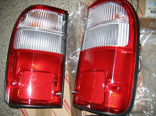 2 x FOR TOYOTA HILUX RH + LH REAR BACK LIGHTS TAIL LAMPS 1998 - 2002 99 00 01 02