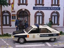 Diorama Comisaría 1/43 . REGALO NAVIDAD POLICIA NACIONAL ¡¡ TODO INCLUIDO !!