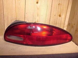 CHRYSLER CONCORDE 98 99 00 01 1998-2001 TAIL LIGHT PASSENGER RH RIGHT OEM