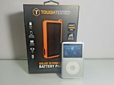 Apple iPod Classic 7th Generation 160 GB with NEW Solar power battery pack