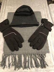 Cedar Wood State Men's Scarf & Gloves set one size& Longsdale matching hat