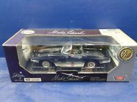 Die Cast 1961 Mako Shark - 1/18 scale by Motor Max