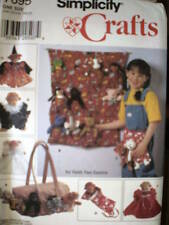 7695 UNCUT Simplicity Sewing Pattern Tote Sleeping Bag Apron 7695