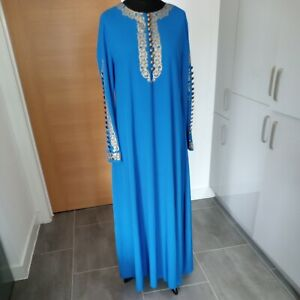 Kaftan/Robe In Blue And Gold Size 18/20 4xl