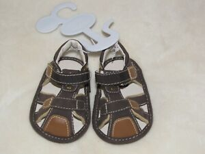 TCP THE CHILDRENS CHILDREN'S PLACE INFANT BABY BOY CRIB SHOES SANDALS BROWN 0-3