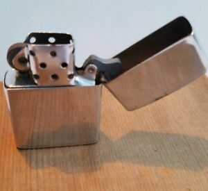 Vintage KALAN WINDPROOF Lighter. Flint Works! Needs Fuel