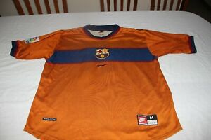 T-Shirt Vintage F.C Barcelona 1997-98 Nike Size M of The Player No 11 Rivaldo
