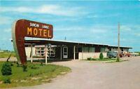 Kentland Indiana~Duncan Lodge Motel~1950s Cars~Postcard