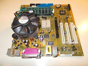 Fujitsu Siemens Motherboard W26361-W95-X-03 & 1 GB RAM & Celeron 2,6 GHZ, #V-63