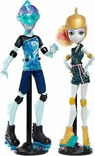 MONSTER HIGH WHEEL LOVE LAGOONA BLUE & GILLINGTON GIL WEBBER 2-PACK *NU*
