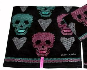 BLACK Betsey Johnson Diamond Skulls Hearts Decorative Velour Bath Towel NWT DISC