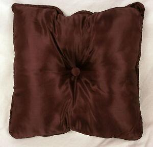 """Domestications Beacon Hill Queen Toss Pillow Burgundy 16x16"""" NEW #746S 19407E"""