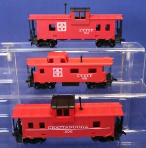 Lot of Red Cabooses - Vintage Tyco RTR HO Scale Train Cars