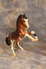 BREYER  JAH  CONNOISSEUR 2009 NEKTOSHA  FIGHTING STALLION ONLY 350 MADE