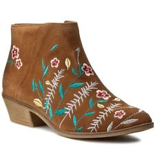 GUESS Joanah Womens UK 7 EU 40 Tan Brown Suede Embroidered Pointed Ankle Boots