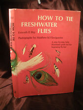 HOW TO TIE FRESHWATER FLIES Bay Illustrated Guide Step by Step Beginner Flytiers