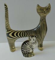 ABRAHAM PALATNIK VINTAGE CLEAR CARVED LUCITE CATS - AS FOUND