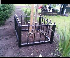 Wrought Iron Memorial Fence (MF19)