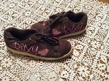 WOMEN'S ROXY BROWN AND PINK LOGO SKATER/SURFER LACE UP SNEAKERS SIZE: 8M