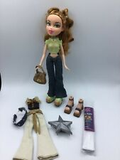 Bratz Doll Meygan Strut It Fashion Set