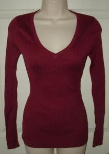 NEW NWT Berry Jr Small 3 / 4 Casual or Dress Stretchy Long Sleeve V-Neck Sweater