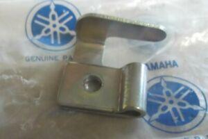 YAMAHA RD200 RD250 RD350 R5 DS7 TX750 GENUINE NOS SEAT BRACKET - # 278-24748-00