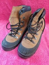 Danner Men's Boots Size 9.5 R lightly used. #R71