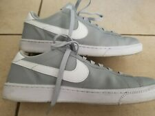 New listing Nike Tennis Classic CS Size 9 Wolf Grey Leather Contrast Gray Casual sneaker