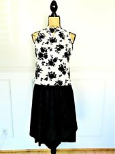 Black White Floral Top Blouse A-line Circle Skirt Silhouette