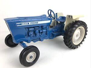Vintage ERTL Ford 4600 Tractor Die Cast Farm Toy