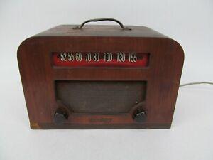 Vintage Wood Case Watterson AM Tube Radio (Works)