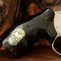 Smith & Wesson 460 .500 X Frame grips made from Black PMMA and Silver logo.