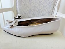 JOAN & DAVID IVORY PUMPS WEDGES HANDMADE WITH FLOWER BOWS SIZE 8.5 USA