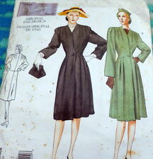 1940s VOGUE VINTAGE MODEL COAT SEWING PATTERN 6-8-10 UNCUT