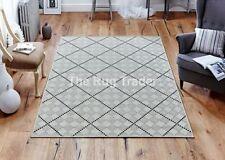 Tapis gris avec des motifs Géométrique modernes pour la maison