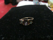 9CTGOLD NEPTUNE TOPAZ TRILOGY 3 STONE RING ROUND AND SQUARE GEMS SIZE R