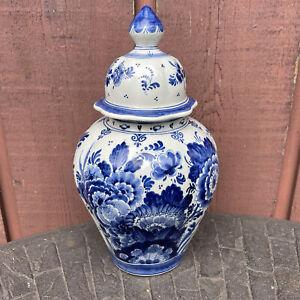 """Delft Blue Pottery Ginger Jar 11"""" Blue White Floral"""