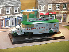 Bedford OX Billy Smarts Booking Office 1/76th Diecast OO gauge Layout Vehicles