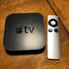 Apple TV (2nd Generation) 8GB Media Streamer - A1378 - includes remote