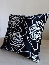 Pearl White Rose Pattern Black Velvet Cushion Cover 45cm