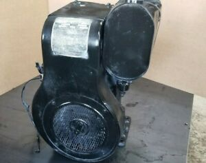 Wisconsin Model AHH Hand Crank Engine Ser 846373 Mostly complete for parts