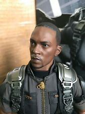 """""""Used"""" Hot Toys 1:6 MMS245 Captain America 2 The Winter Soldier: Falcon Figure"""