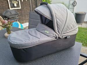 TFK DuoX Wanne Quiet Shade hellgrau Tragewanne Babywanne für TFK Kinderwagen